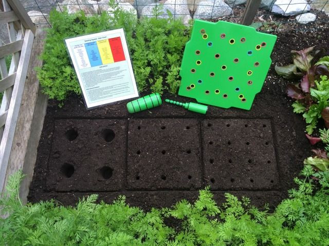 Square Foot Garden Planting Template Square Foot Gardening Layout so Easy with the Seed Square